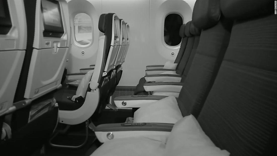Plane passenger wakes to total darkness, alone on plane