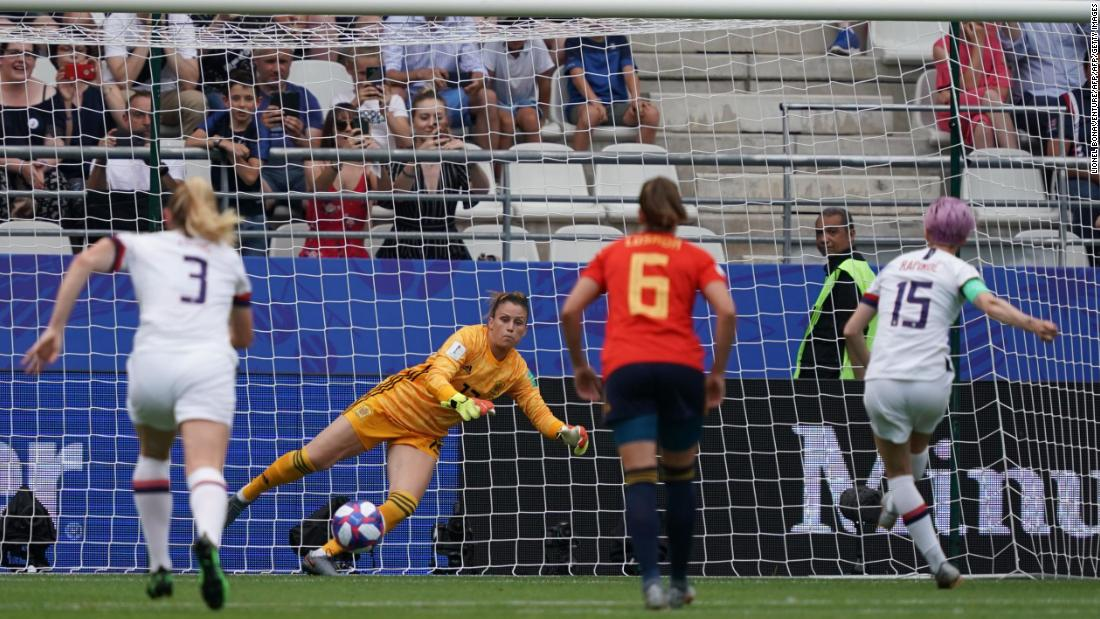 US battles to victory over Spain to reach the quarterfinals of the Women's World Cup