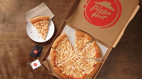 The current Pizza Hut logo.