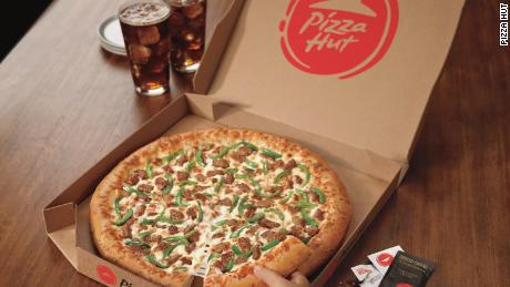 Pizza Hut is giving away 500,000 free pizzas to celebrate the class of 2020