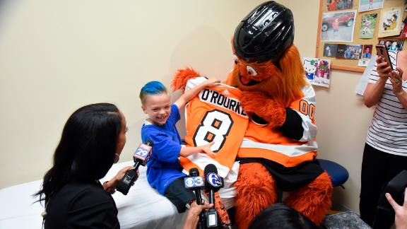 Gritty provided Caiden with his own jersey so the two could match.