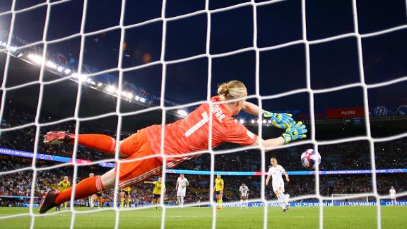 Sweden's Lindahl produced a brilliant penalty save in the last 16 against Canada.