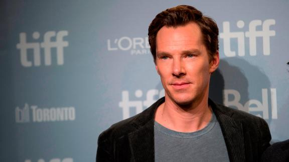 Benedict Cumberbatch poses for photographers during a photo call for 'The Current War' at the Toronto International Film Festival in Toronto, Ontario, September 10, 2017. / AFP PHOTO / Geoff Robins        (Photo credit should read GEOFF ROBINS/AFP/Getty Images)
