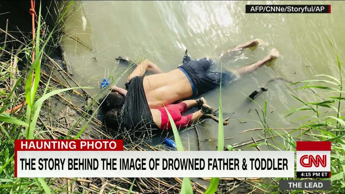 The story behind the haunting image of drowned dad & toddler