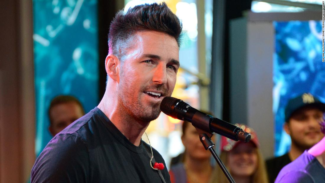 Country star Jake Owen claps back at anti-LGBTQ commenter