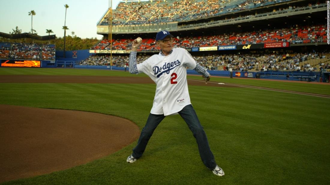 King throws out the first pitch before a Los Angeles Dodgers game in 2004.