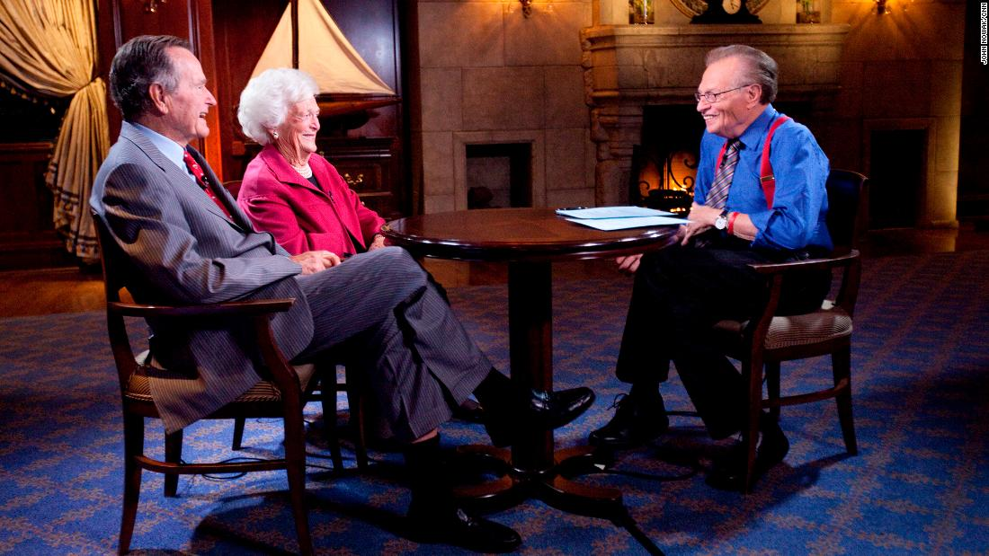 King interviews former President George H.W. Bush and his wife, Barbara, in 2010.