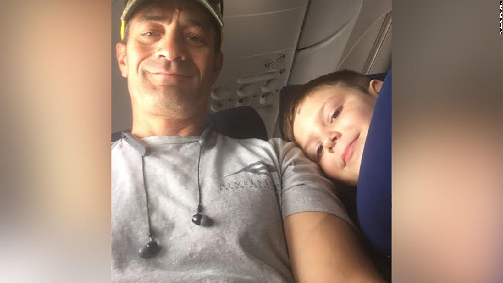 7 Year Old Boy With Autism Finds A Fast Travel Buddy On Plane To Mom S Relief Cnn