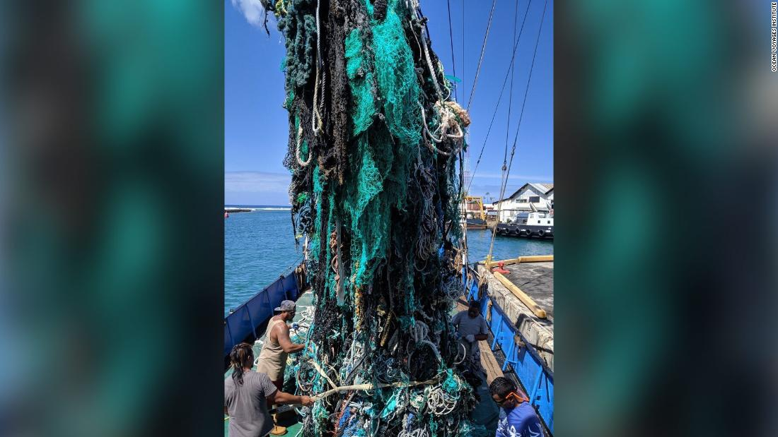 Environmentalists removed more than 40 tons of trash from the Pacific -- and it barely made a dent