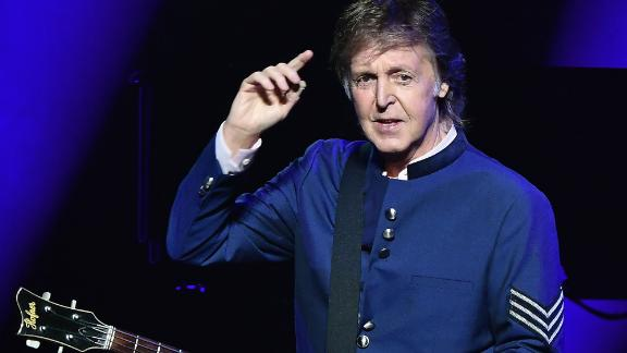 Paul McCartney is trying to win back his rights to the Beatles' songs.