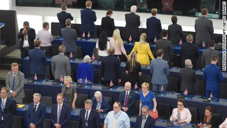Brexit Party MEPs turn backs during European anthem
