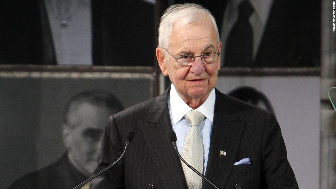 Lee Iacocca, who helped create the Ford Mustang and then rescued Chrysler in the 1980s, has died