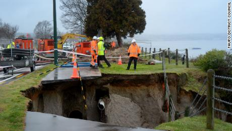 After a water main broke, a landslide damaged roads and a wastewater pipe by the shore of Lake Taupo.
