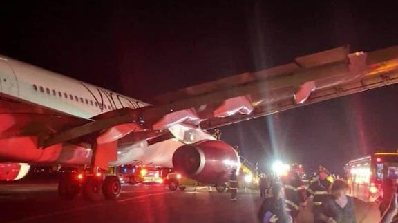 virgin atlantic flight diverted cabin fire sot vpx_00003020.jpg