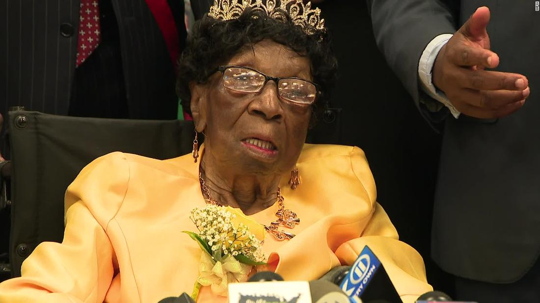 The oldest living American, Alelia Murphy of New York, has died at 114