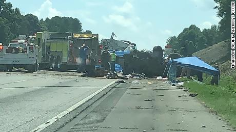 Wrong-way car crash on Georgia highway leaves 7 dead - CNN