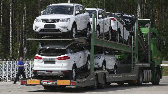 Dealers offered big discounts in June to clear inventories of cars that don't meet China's new emission standards.
