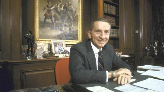 Perot sits in his office at his company, Electronic Data Systems, in December 1986. He started the company in Dallas with a $1,000 loan from his wife.