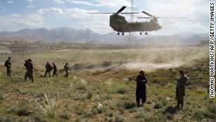 Administrația Trump finalizează planul de retragere a 4.000 de soldați din Afganistan