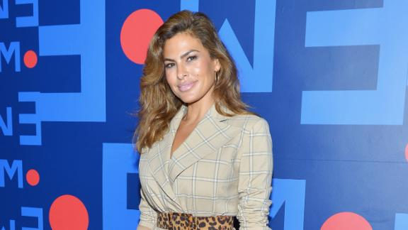 Eva Mendes and Ryan Gossling have a new pup
