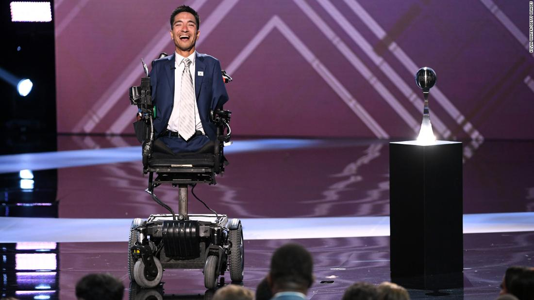 Rob Mendez, a football coach born without arms or legs, gave a rousing speech at the 2019 ESPY Awards