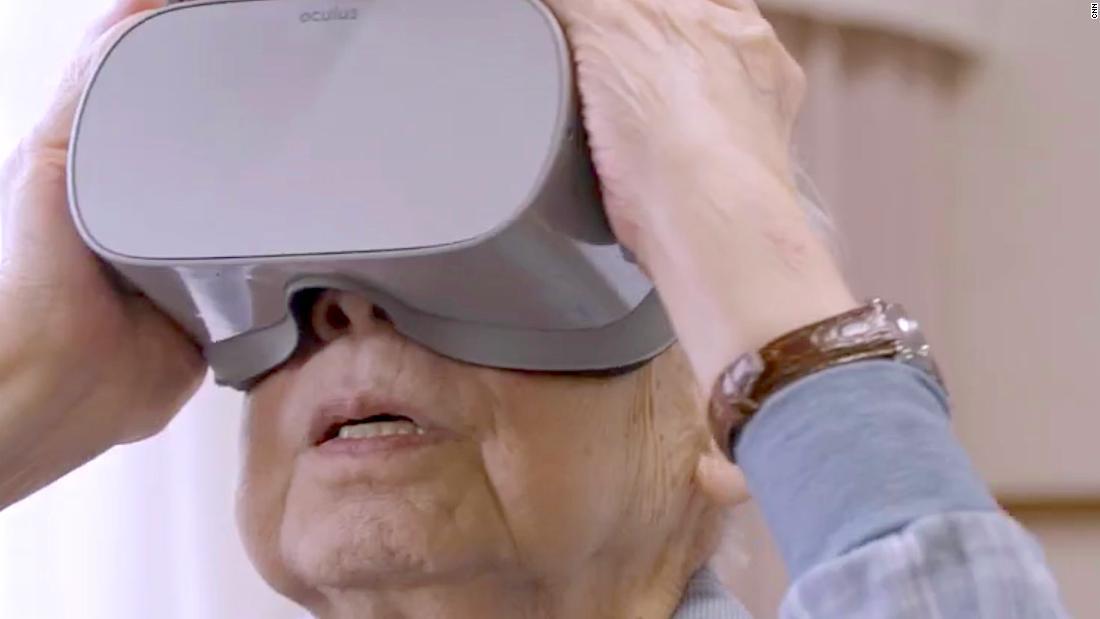 VR helps Japan's elderly travel the world