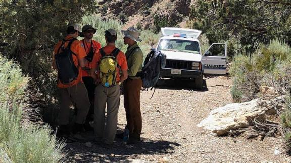 Assembling before the search begins at Grandview Campground.
