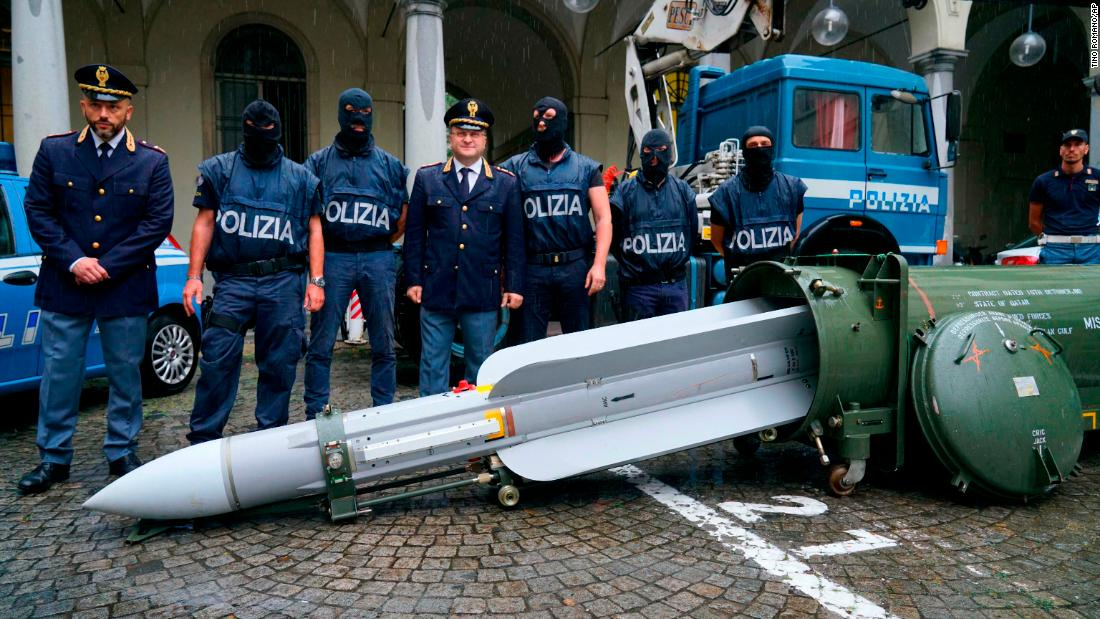Cops seize air-to-air missile from 3 men
