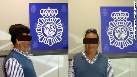 Drug smuggler arrested at Barcelona airport with cocaine hidden under wig
