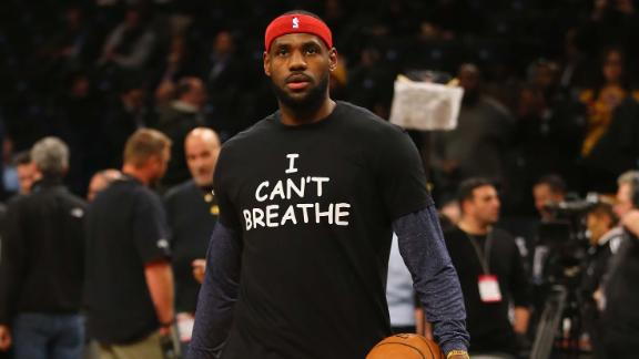 "LeBron James wears an ""I Can't Breathe"" shirt in New York on December 2014."