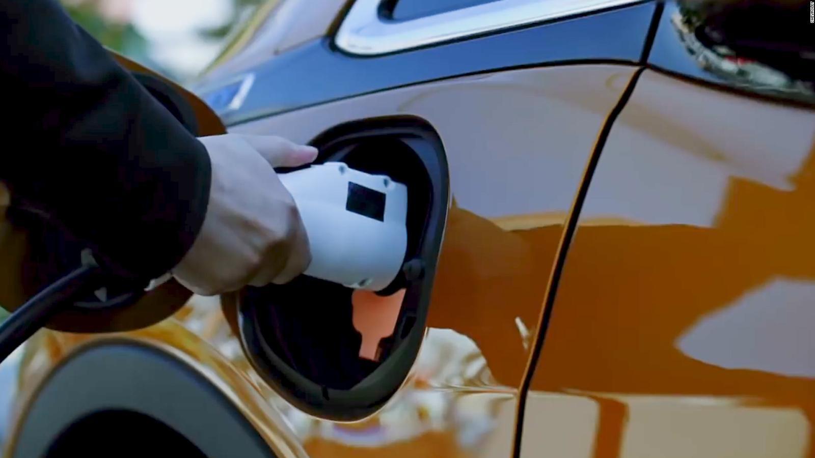 Gm Unveils Its Next Big Electric Vehicle The Tiny Bolt Euv Cnn