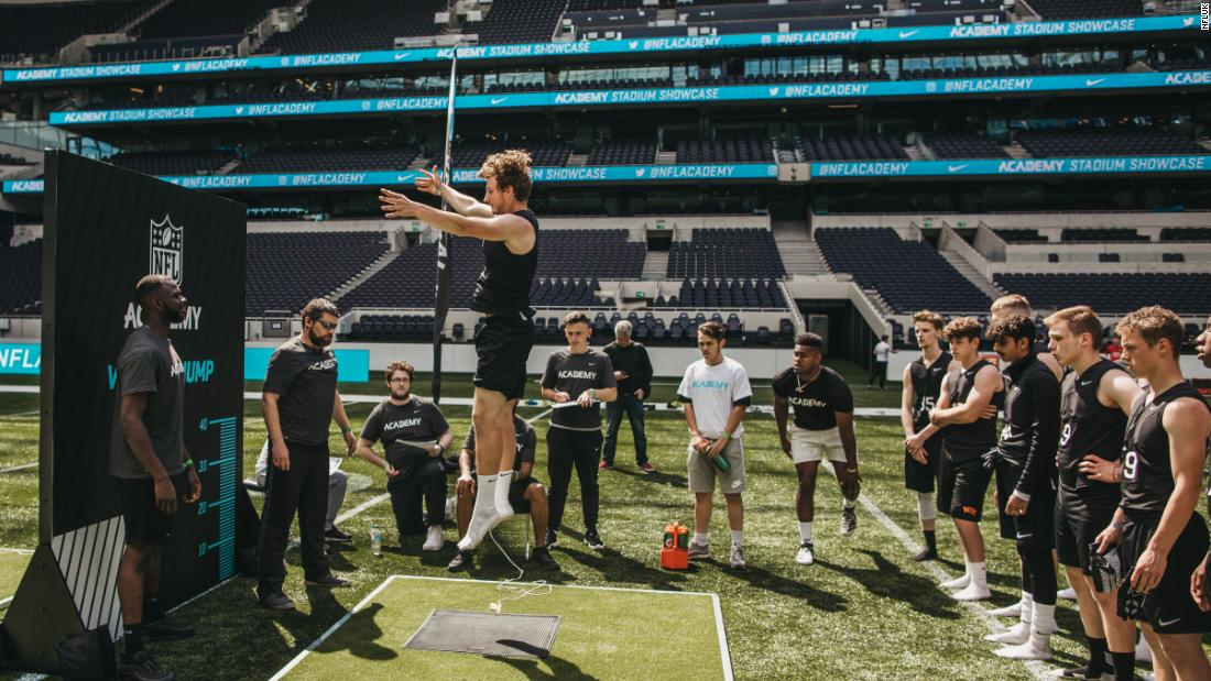 How the NFL academy is offering a lifeline for teenagers in London - CNN