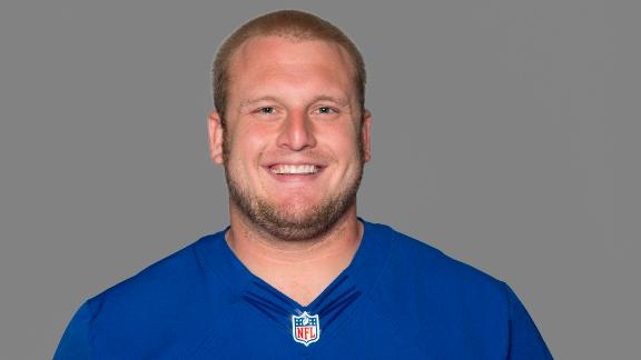 FILE - This 2012 file photo, shows Mitch Petrus of the New York Giants NFL football team. Officials say Petrus, a former Arkansas offensive lineman who later won a Super Bowl with the New York Giants, has died in Arkansas of apparent heat stroke. He was 32.  Pulaski County Coroner Gerone Hobbs says Petrus died Thursday, July 18, 2019, at a North Little Rock hospital. Hobbs says Petrus had worked outside all day at his family shop, and that his cause of death is listed as heat stroke. (AP Photo/File)
