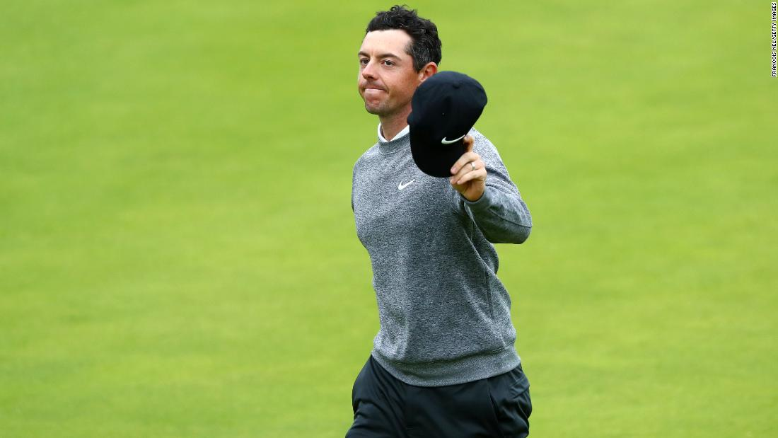 Rory McIlroy stages dramatic late fight for Open cut