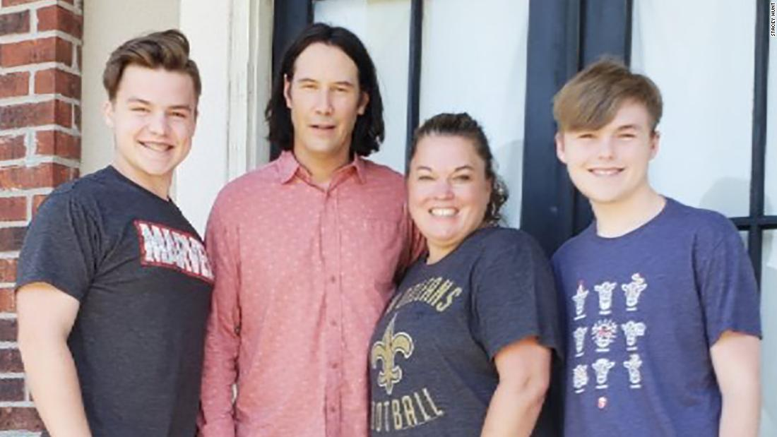 Keanu Reeves once again gifts the internet with 'breathtaking' surprise for a fan