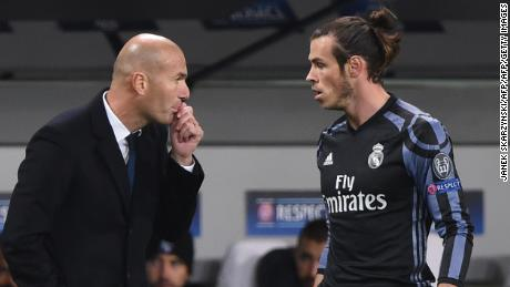 "Gareth Bale and Zinedine Zidane have ""no relationship,"" according to the player's agent."