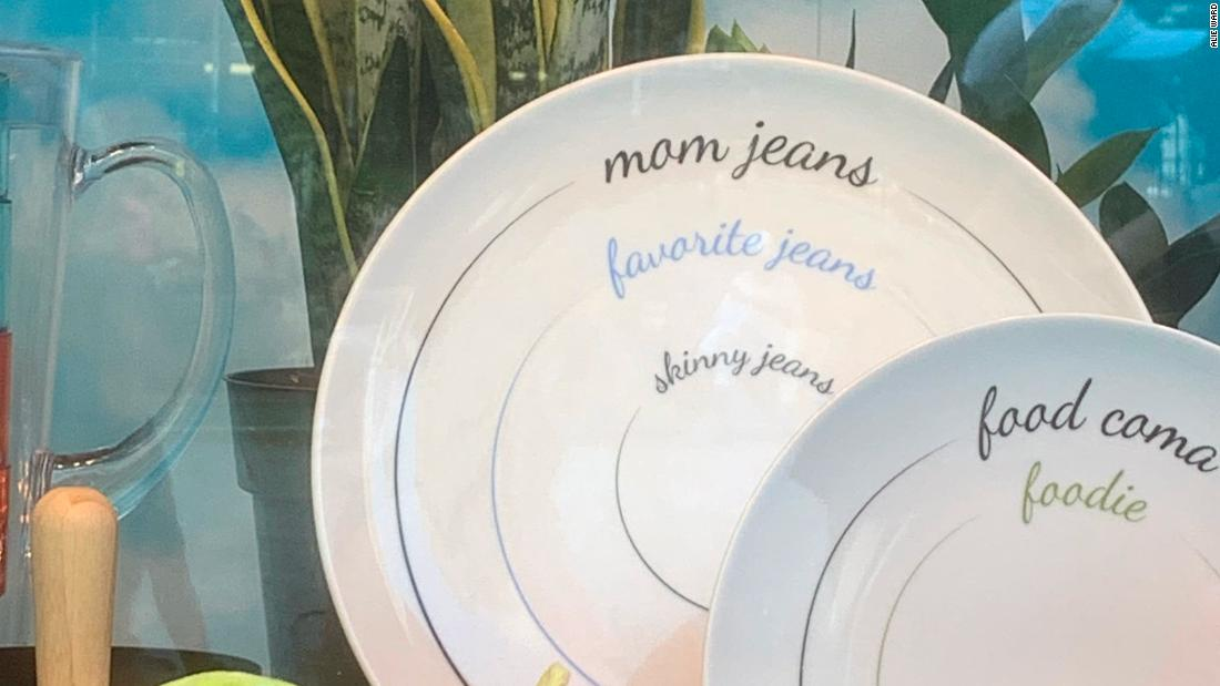 Macy's pulls plates advocating against 'mom jeans' portion sizes