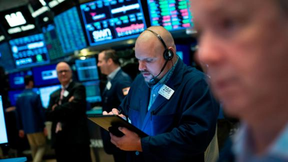 NEW YORK, NY - JULY 3:  Traders work on the floor of the New York Stock Exchange (NYSE) at the opening bell on July 3, 2019 in New York City. The Dow Jones Industrial average opened the day slightly higher while the S&P 500 rose 0.2% and hit a record high. (Photo by Drew Angerer/Getty Images)