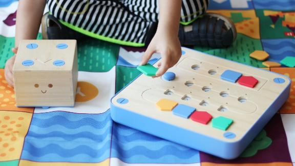 The Cubetto kit is helping to teach 3-year-olds to code