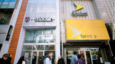 T-Mobile & # 39; s mega merger with Sprint could go further, says Justice Department