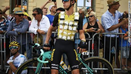 New Zealand's George Bennett wears an ice vest amid the French heat wave.
