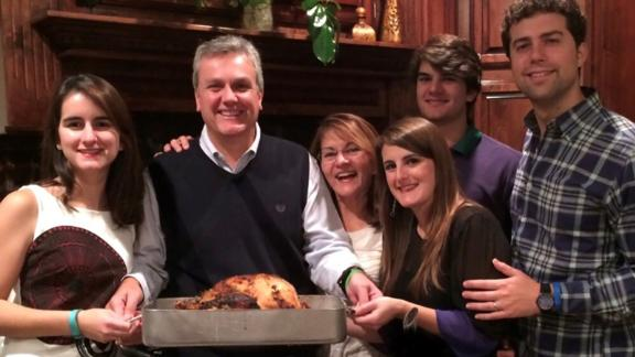 Tomeu Vadell and his family on Thanksgiving 2015 in Lake Charles, Louisiana. From left: Cristina (daughter), Tomeu, Dennysse (wife), Veronica (daughter), Diego (son), and Hayes (Veronica's husband).
