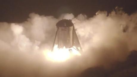 SpaceX's massive stars hip prototype takes off