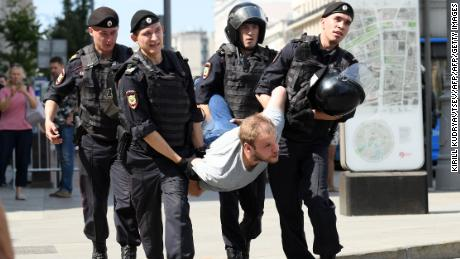 More than 1,000 people detained during opposition election protest in Moscow