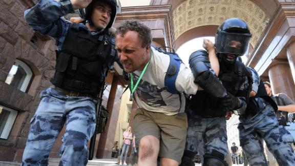 Hundreds of protesters were detained at an opposition election demonstration in Moscow on Saturday.