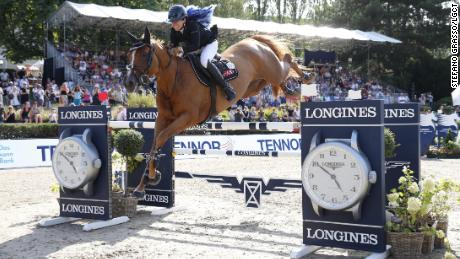 Dani G. Waldman and Lizziemary on the way to victory in Berlin.