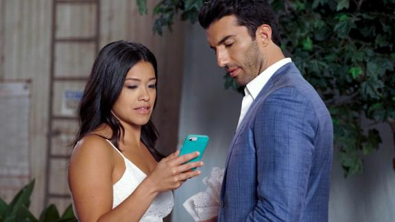"""Gina Rodriguez and Justin Baldoni in """"Jane the Virgin,"""" which is wrapping its final season."""