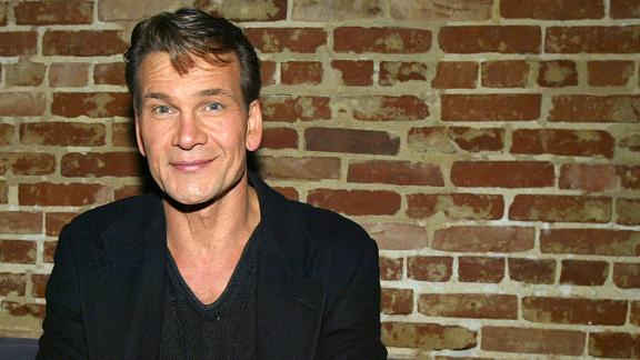 """Patrick Swayze attends the after-party for """"Chicago - The Musical"""" on January 8, 2004 at Cinespace, in Los Angeles, California. (Photo by Kevin Winter/Getty Images)"""