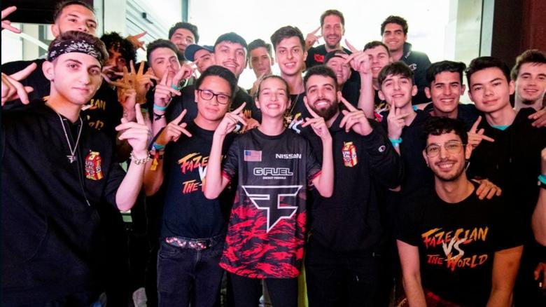 This deaf 13-year-old girl signed to a professional esports team