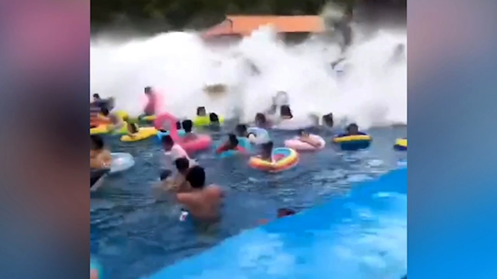 Accidental Tsunami Injures Swimmers At Wave Pool In China Cnn Video